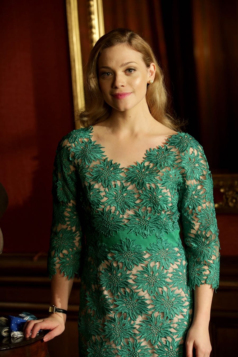 """GUILT - """"Exit Wounds"""" - Grace spirals after reading hateful remarks about herself on the internet, on an all-new episode of """"Guilt,"""" airing MONDAY, JUNE 27 (9:00 - 10:00 p.m. EDT), on Freeform. (Freeform/Angus Young) KATIE CLARKSON-HILL"""