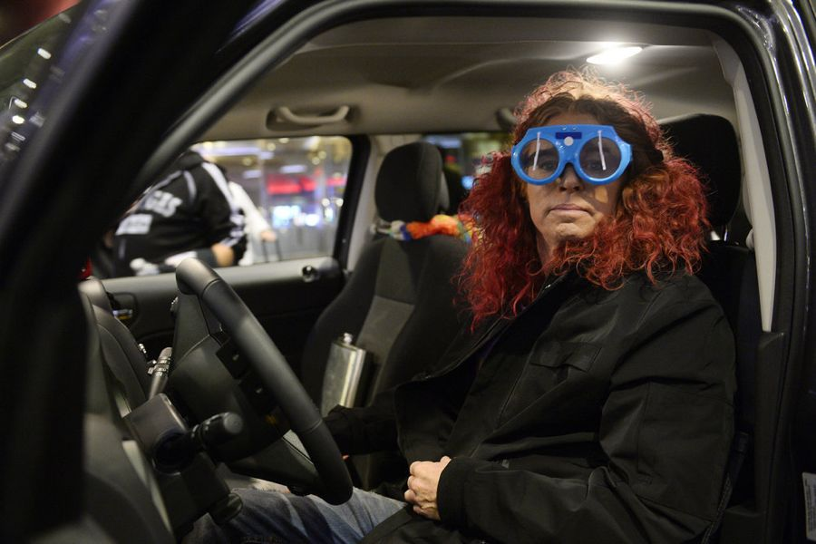SHARKNADO: THE 4TH AWAKENS -- Pictured: Carrot Top as Uber Driver -- (Photo by: Bryan Steffy/Syfy)