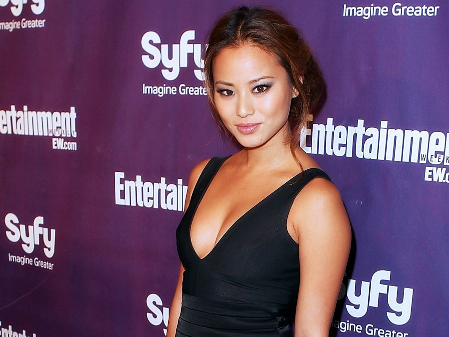 Office Christmas Party Jamie Chung.Jamie Chung Joins Gotham As Valerie Vale Seat42f