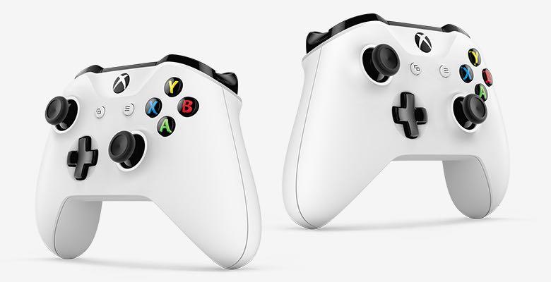 en-INTL-Xbox-One-Edmonton-Launch-2DZ-00001-P2