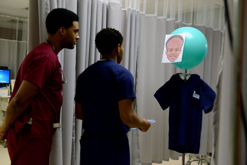 """THE NIGHT SHIFT -- """"The Thing With Feathers"""" Episode 302 -- Pictured: (l-r) JR Lemon as Kenny Fournette, Robert Bailey, Jr. as Dr. Paul Cummings -- (Photo by: Ursula Coyote/NBC)"""