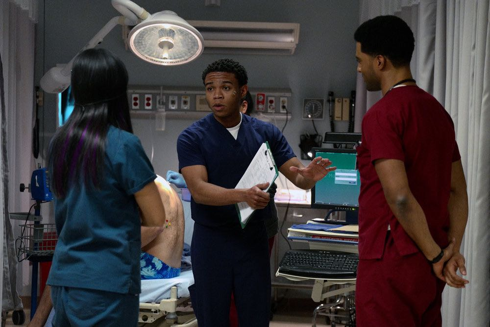 """THE NIGHT SHIFT -- """"The Thing With Feathers"""" Episode 302 -- Pictured: (l-r) Tanaya Beatty as Shannon Rivera, Robert Bailey, Jr. as Dr. Paul Cummings, JR Lemon as Kenny Fournette -- (Photo by: Ursula Coyote/NBC)"""