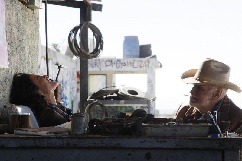 "QUEEN OF THE SOUTH -- ""Piloto"" Episode 101 -- Pictured: Alice Braga as Teresa Mendoza -- (Photo by: Eniac Martinez/USA Network)"