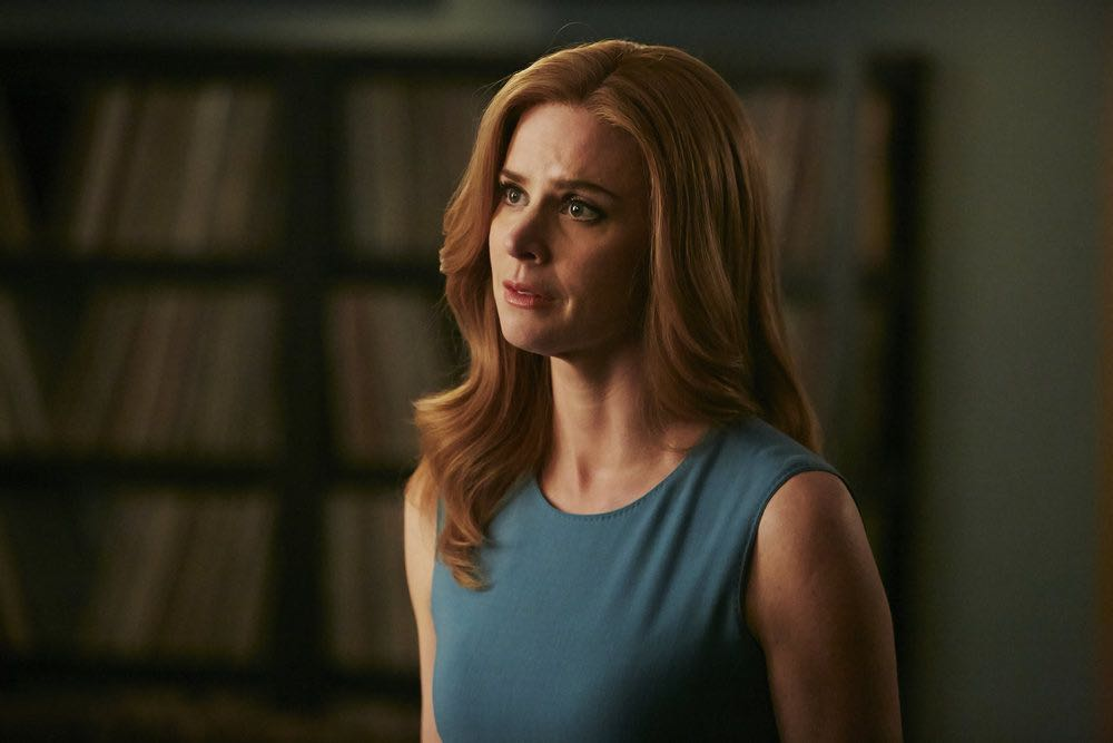 "SUITS -- ""Turn"" Episode 604 -- Pictured: Sarah Rafferty as Donna Paulsen -- (Photo by: Ian Watson/USA Network)"