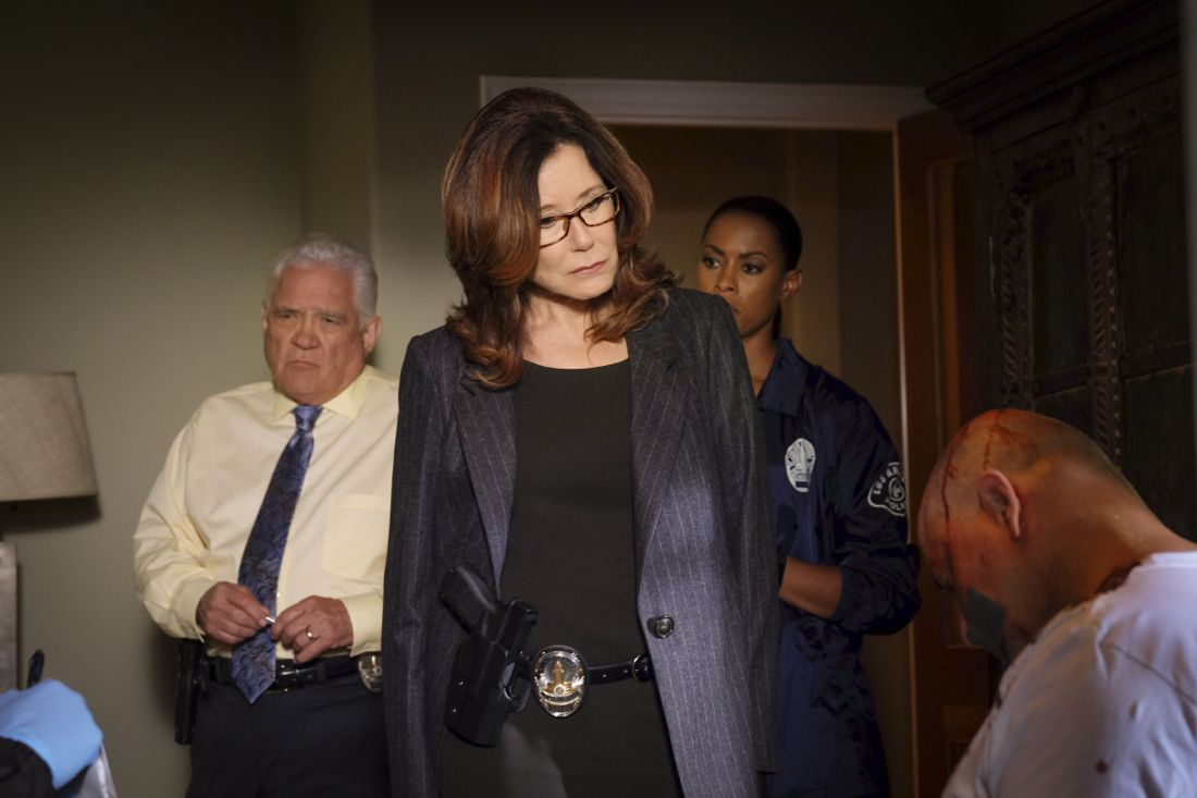 MAJOR CRIMES Season 5 Episode 7 Photos Moral Hazard 6