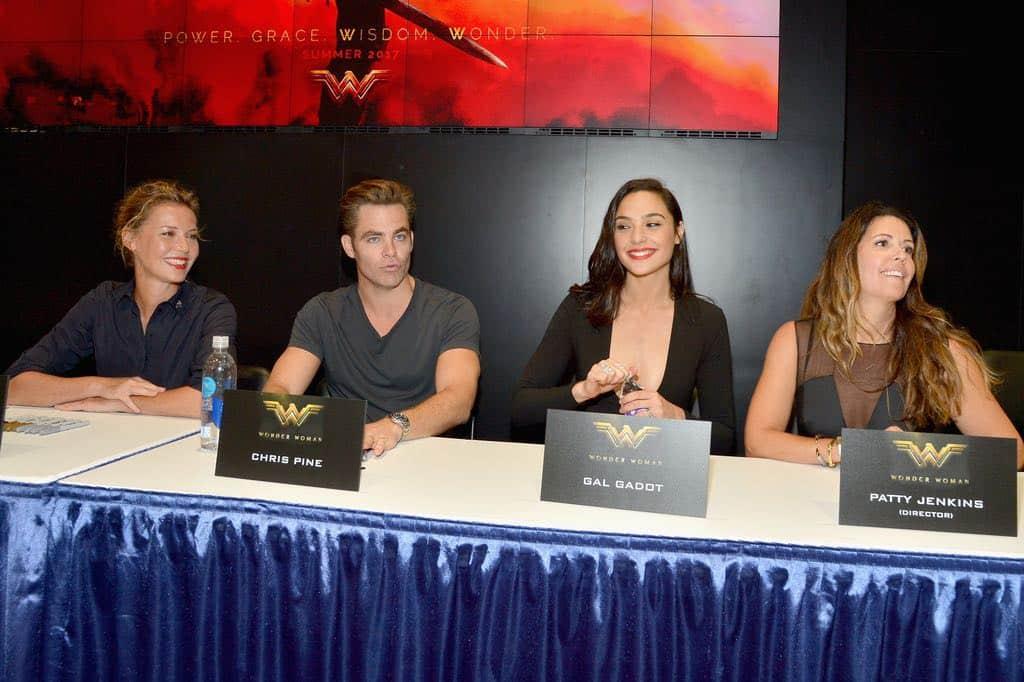 Wonder Woman San Diego Comic Con 2016-19