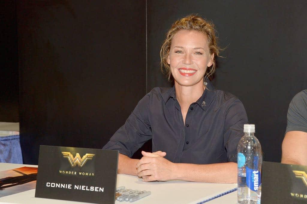 Connie Nielsen Wonder Woman Comic Con Signing Autographs