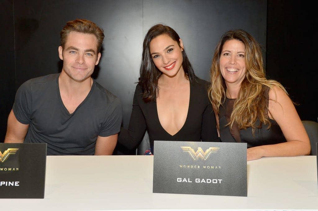 Wonder Woman San Diego Comic Con 2016-06
