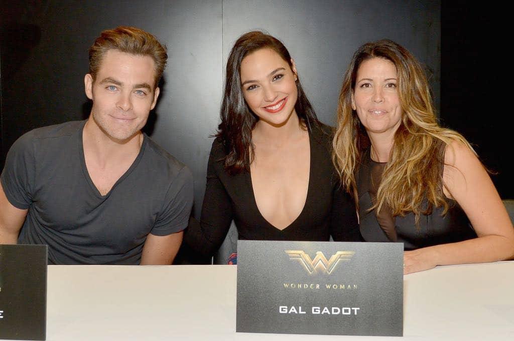 Wonder Woman San Diego Comic Con 2016 01