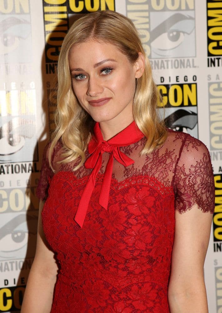 "COMIC-CON INTERNATIONAL: SAN DIEGO -- ""The Magicians Press Room"" -- Pictured: Olivia Taylor Dudley -- (Photo by: Evans Vestal Ward/Syfy)"