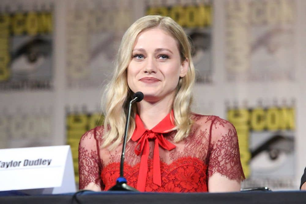 "COMIC-CON INTERNATIONAL: SAN DIEGO -- ""The Magicians Panel"" -- Pictured: Olivia Taylor Dudley -- (Photo by: Evans Vestal Ward/Syfy)"