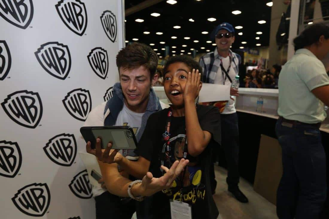 The Flash San Diego Comic Con 2016-03