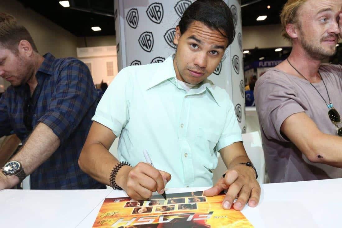 The Flash San Diego Comic Con 2016-15