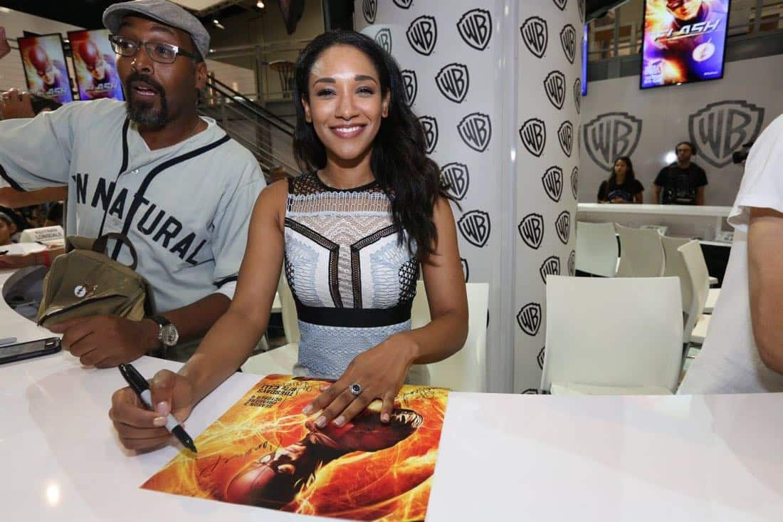 The Flash San Diego Comic Con 2016-10