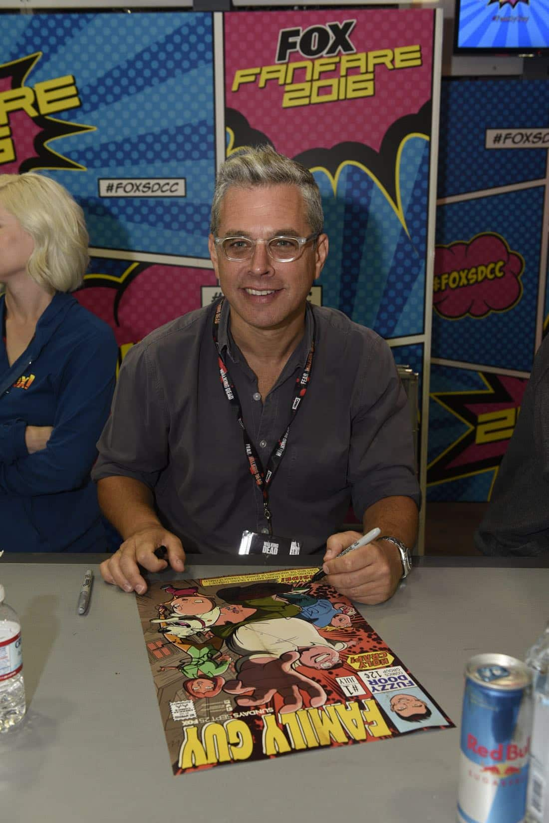 FOX FANFARE AT SAN DIEGO COMIC-CON © 2016: FAMILY GUY Executive Producer Rich Appel during FAMILY GUY booth signing on Saturday, July 23 at the FOX FANFARE AT SAN DIEGO COMIC-CON © 2016. CR: Alan Hess/FOX © 2016 FOX BROADCASTING
