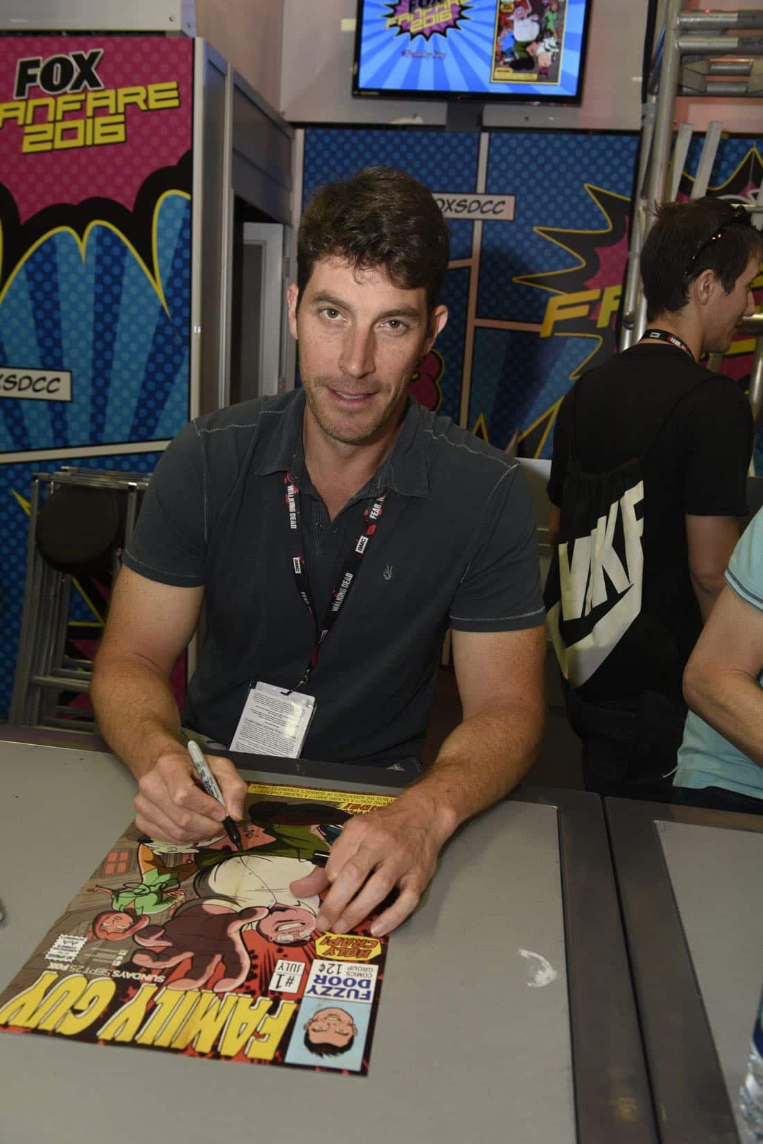 FOX FANFARE AT SAN DIEGO COMIC-CON © 2016: FAMILY GUY Executive Producer Steve Callaghan during FAMILY GUY booth signing on Saturday, July 23 at the FOX FANFARE AT SAN DIEGO COMIC-CON © 2016. CR: Alan Hess/FOX © 2016 FOX BROADCASTING