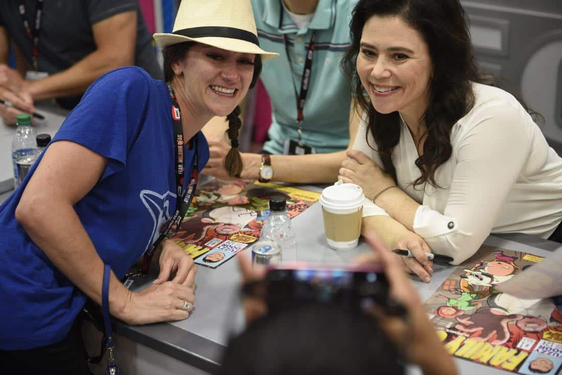 FOX FANFARE AT SAN DIEGO COMIC-CON © 2016: FAMILY GUY cast member Alex Borstein and a happy fan during FAMILY GUY booth signing on Saturday, July 23 at the FOX FANFARE AT SAN DIEGO COMIC-CON © 2016. CR: Alan Hess/FOX © 2016 FOX BROADCASTING