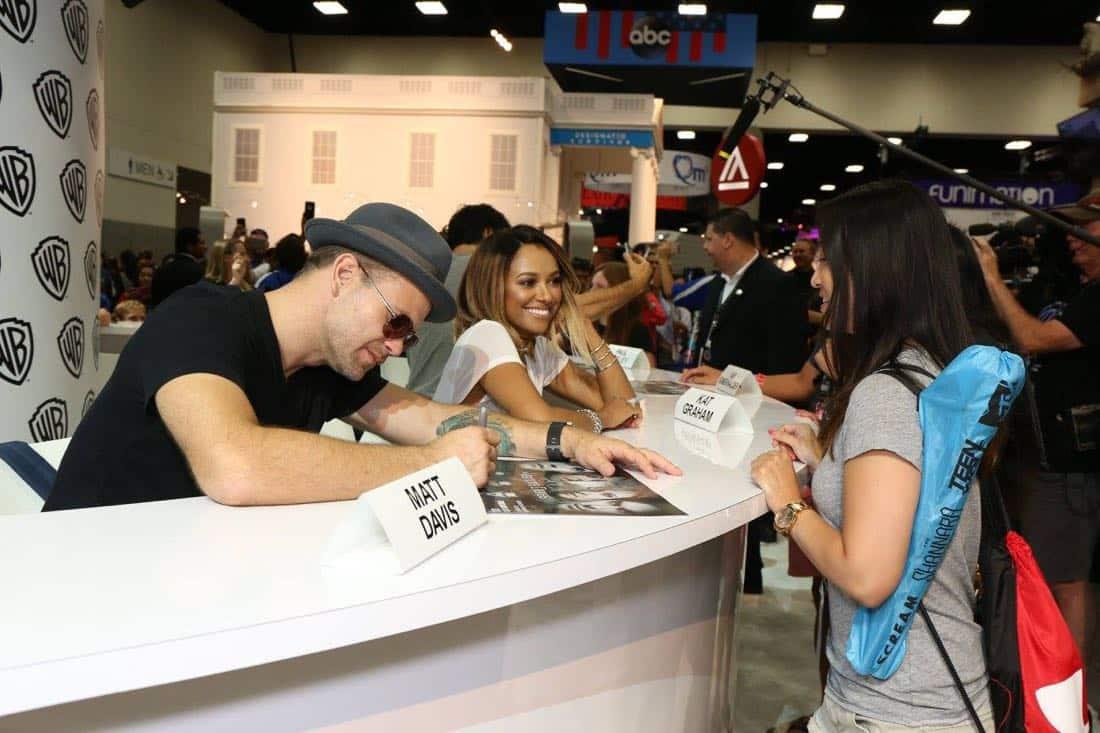 The Vampire Diaries Cast San Diego Comic Con 2016-12
