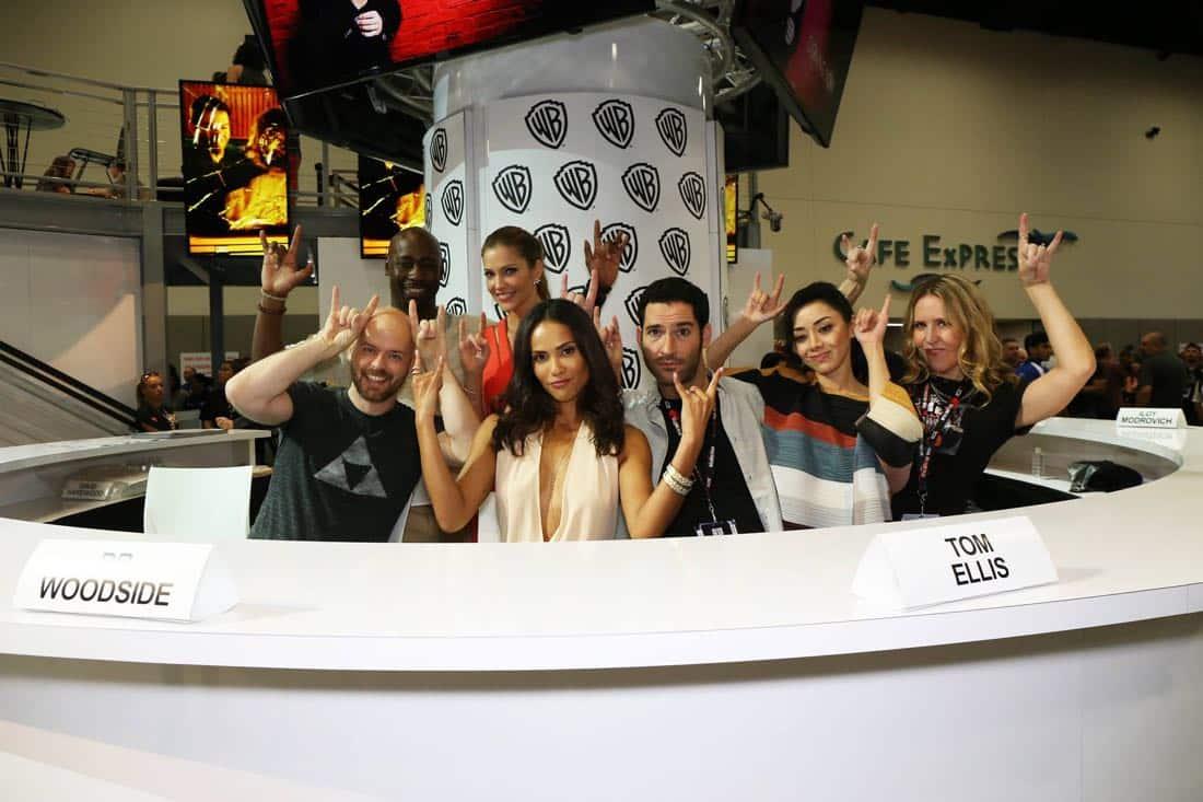 Lucifer Cast San Diego Comic Con 2016-06