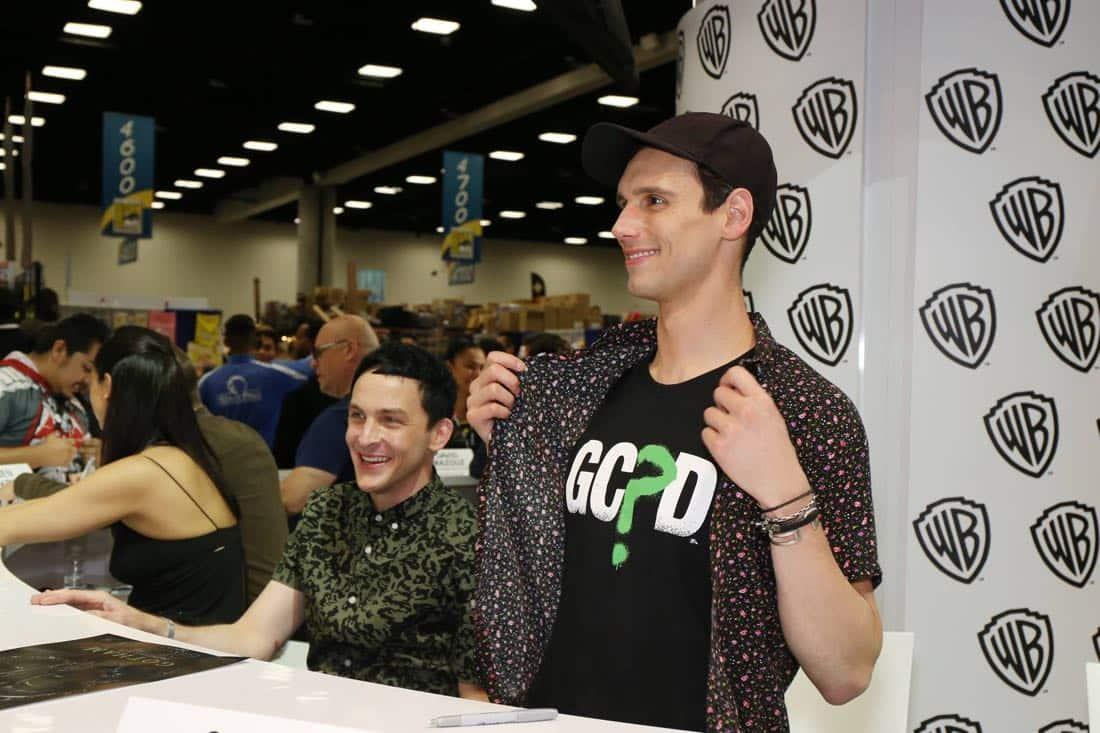 Gotham Cast San Diego Comic Con 2016-09