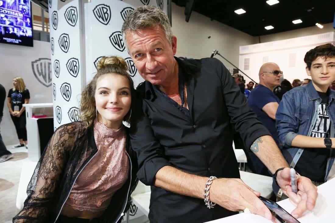 Gotham Cast San Diego Comic Con 2016-06