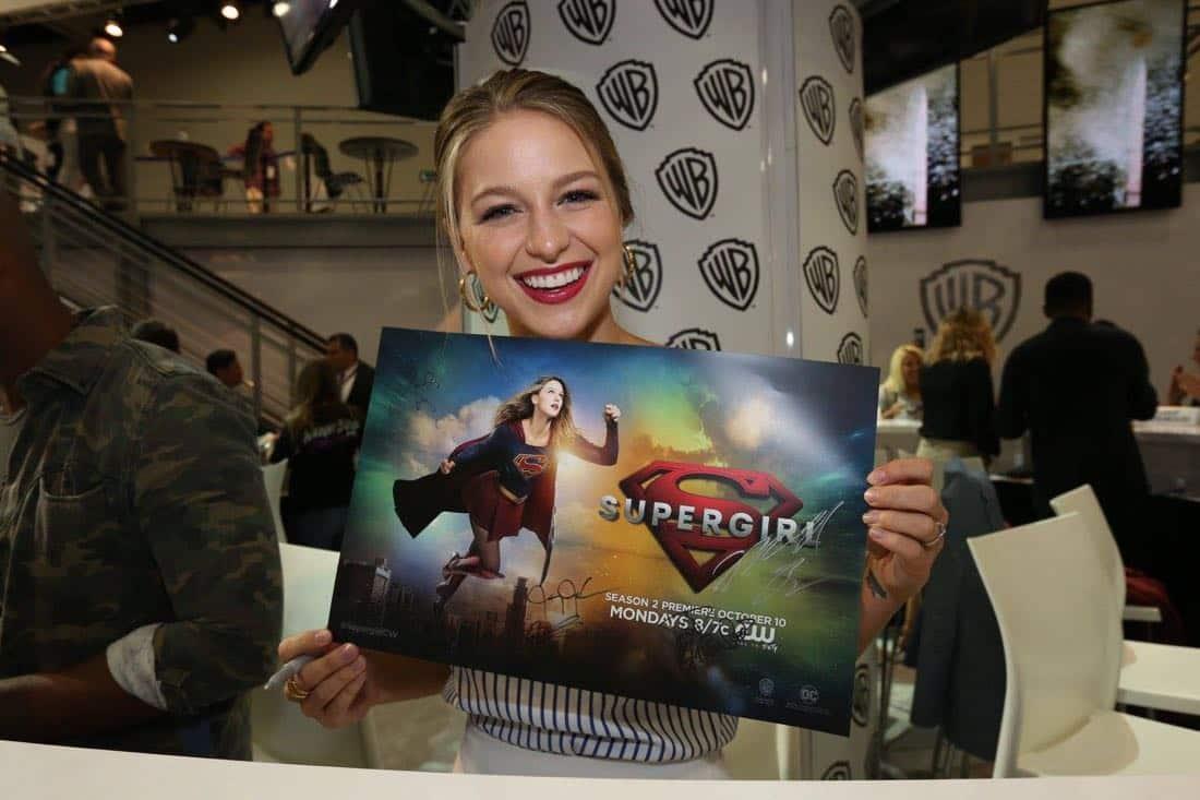 Supergirl San Diego Comic Con 2016-06