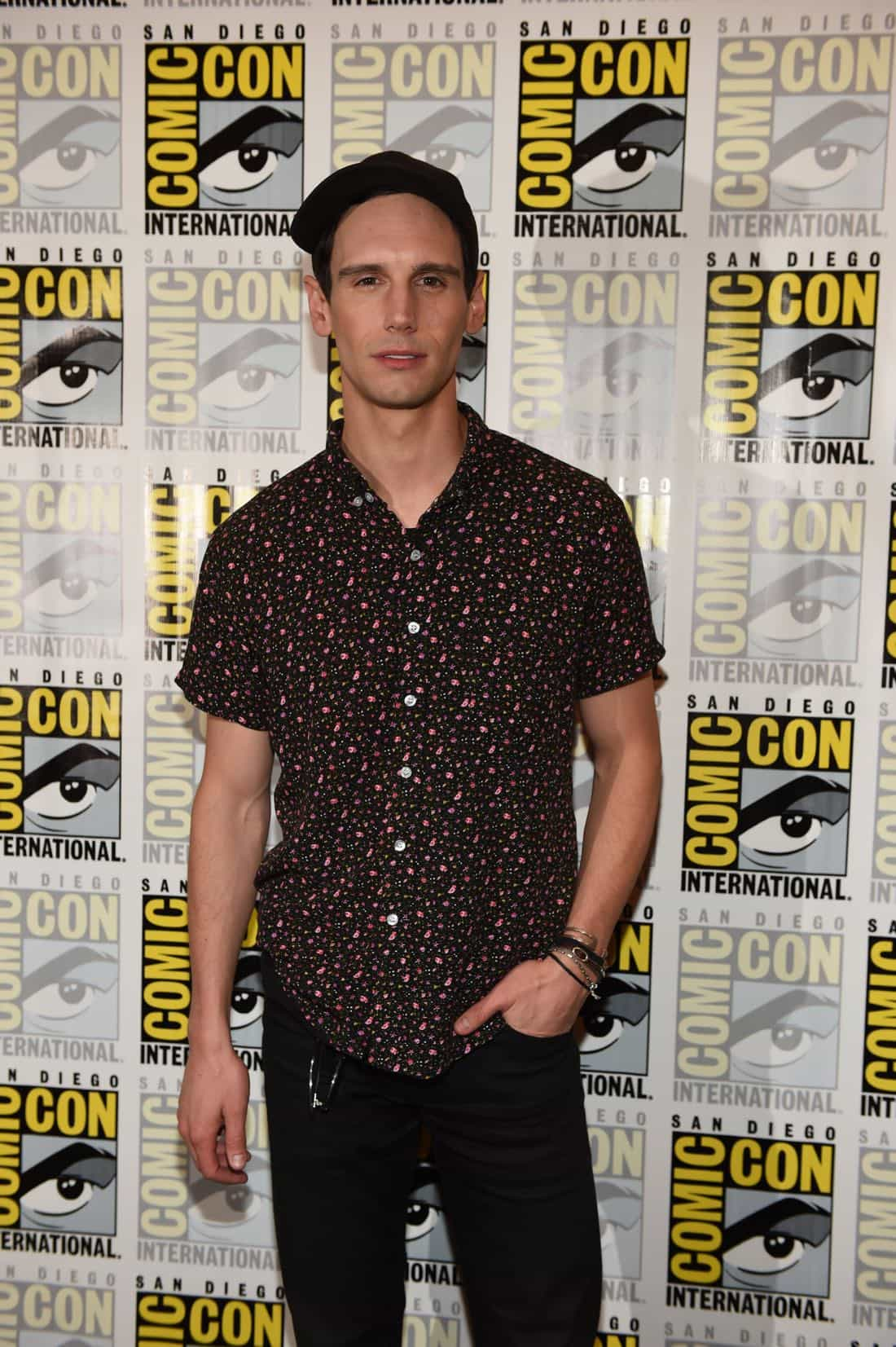FOX FANFARE AT SAN DIEGO COMIC-CON © 2016: GOTHAM cast member Cory Michael Smith during GOTHAM press room on Saturday, July 23 at the FOX FANFARE AT SAN DIEGO COMIC-CON © 2016. CR: Scott Kirkland/FOX © 2016 FOX BROADCASTING