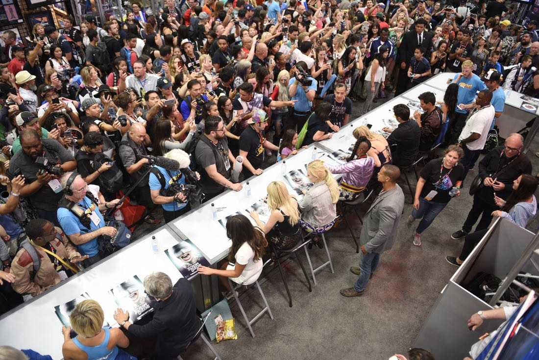 FOX FANFARE AT SAN DIEGO COMIC-CON © 2016: The SCREAM QUEENS booth signing on Friday, July 22 at the FOX FANFARE AT SAN DIEGO COMIC-CON © 2016. CR: Alan Hess/FOX © 2016 FOX BROADCASTING