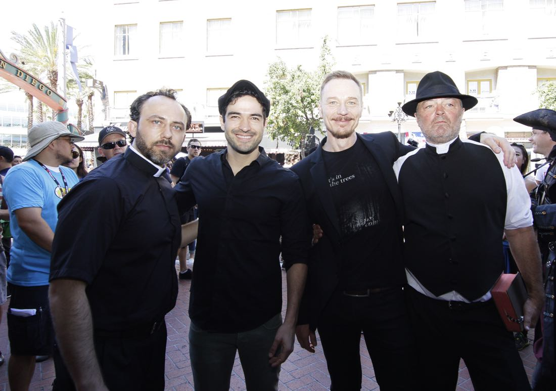 FOX FANFARE AT SAN DIEGO COMIC-CON © 2016: Stunt actors and THE EXORCIST cast members Alfonso Herrera (second from L) and and Ben Daniels (second from R) and fans during surprise exorcism performed on Friday, July 22 at the FOX FANFARE AT SAN DIEGO COMIC-CON © 2016. CR: Frank Micelotta/FOX © 2016 FOX BROADCASTING