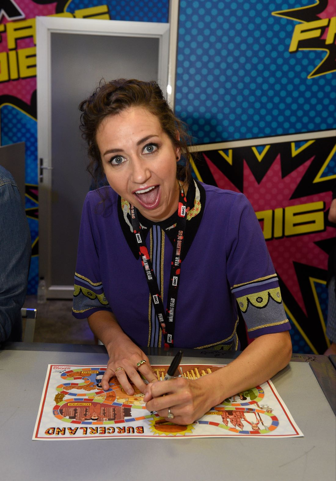 FOX FANFARE AT SAN DIEGO COMIC-CON © 2016: BOB'S BURGERS cast member Kristen Schaal during BOB'S BURGERS booth signing on Friday, July 22 at the FOX FANFARE AT SAN DIEGO COMIC-CON © 2016. CR: Alan Hess/FOX © 2016 FOX BROADCASTING