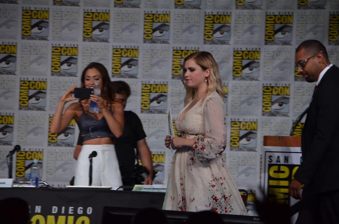 The 100 Panel San Diego Comic Con 2016-32