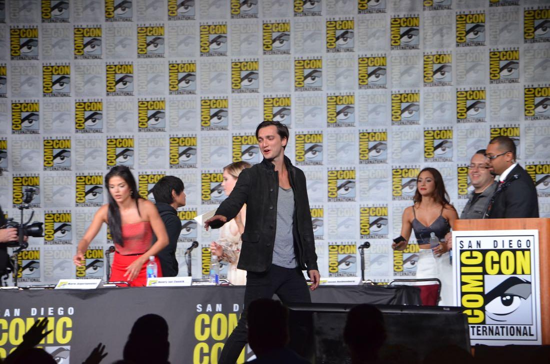 The 100 Panel San Diego Comic Con 2016-30