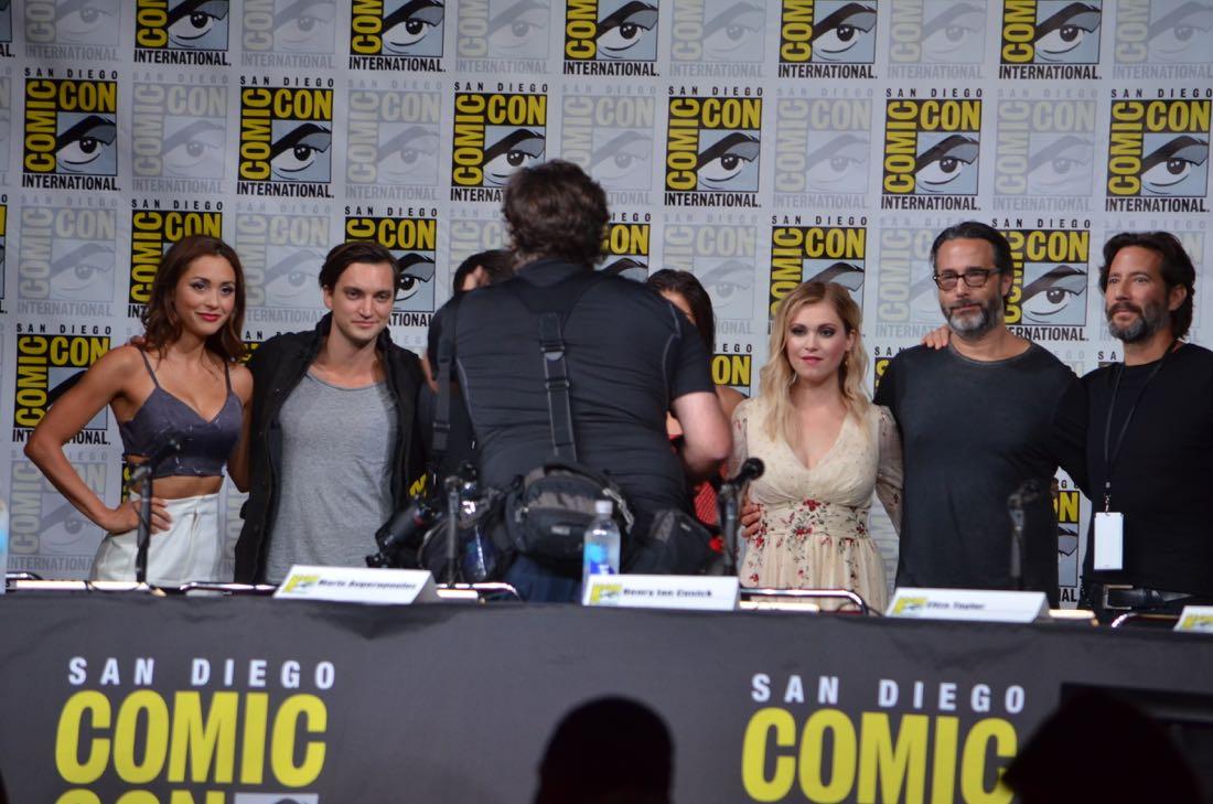 The 100 Panel San Diego Comic Con 2016-27