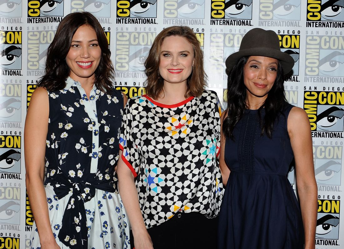FOX FANFARE AT SAN DIEGO COMIC-CON © 2016: L-R: BONES cast members Michaela Conlin, Emily Deschanel and Tamara Taylor during the BONES press room on Friday, July 22 at the FOX FANFARE AT SAN DIEGO COMIC-CON © 2016. CR: Scott Kirkland/FOX © 2016 FOX BROADCASTING