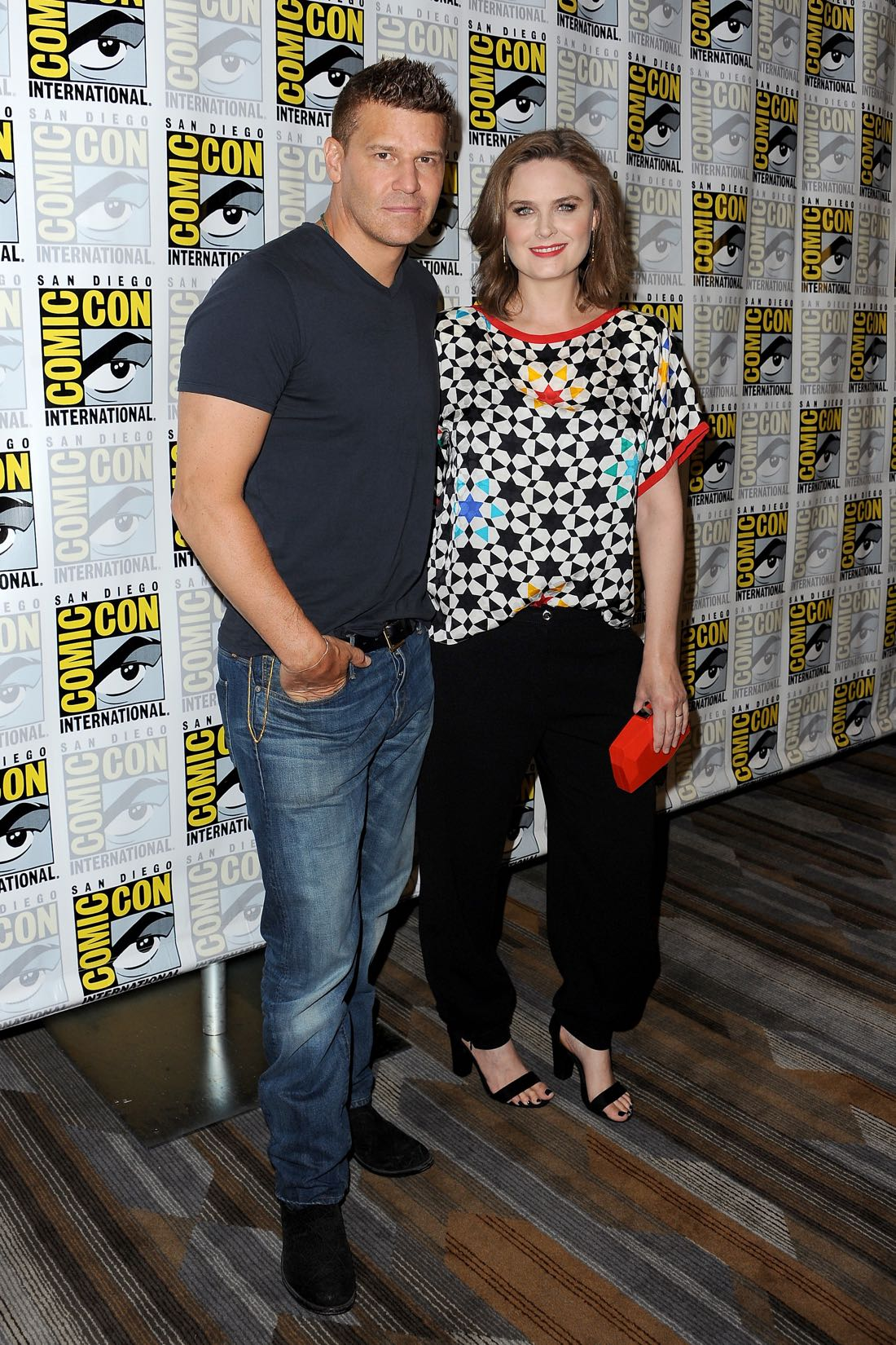 FOX FANFARE AT SAN DIEGO COMIC-CON © 2016: L-R: BONES cast members David Boreanaz and Emily Deschanel during the BONES press room on Friday, July 22 at the FOX FANFARE AT SAN DIEGO COMIC-CON © 2016. CR: Scott Kirkland/FOX © 2016 FOX BROADCASTING