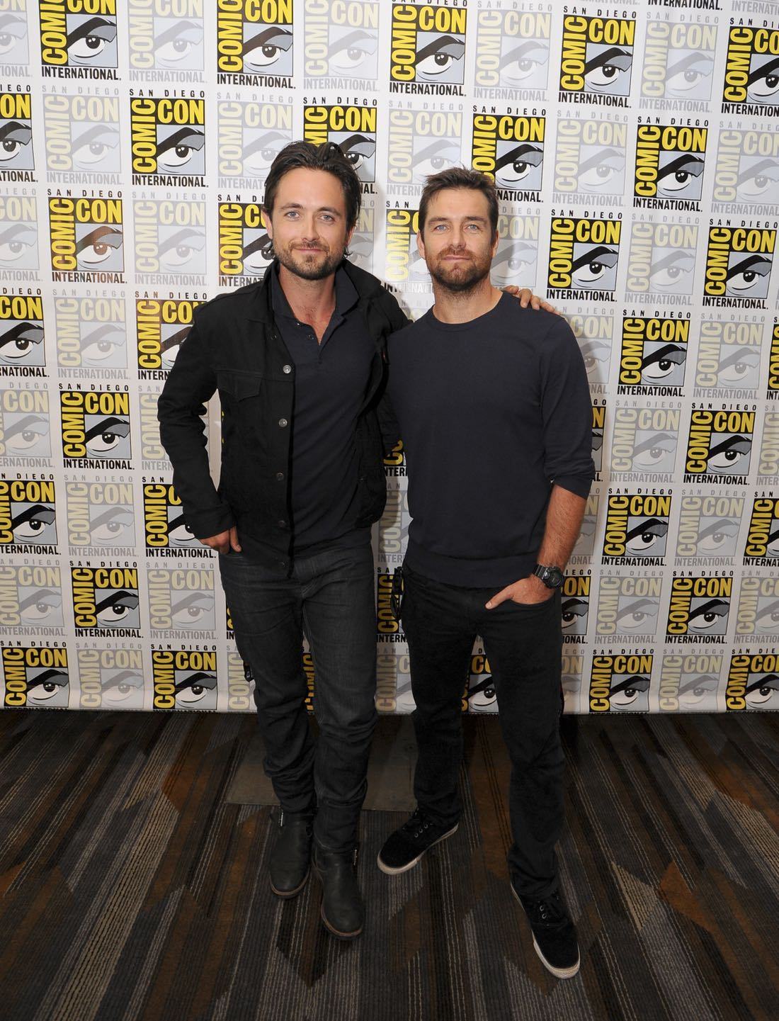 Justin Chatwin and Antony Starr of American Gothic at COMIC-CON® 2016 in San Diego, California. Photo: Johnny Vy/CBS ©2016 CBS Broadcasting, Inc. All Rights Reserved