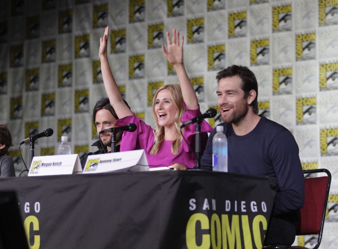 Justin Chatwin, Megan Ketch, and Antony Starr of the CBS series AMERICAN GOTHIC during the panel discussion at COMIC-CON® 2016 in San Diego, California. Photo: Francis Specker/CBS ©2016 CBS Broadcasting, Inc. All Rights Reserved