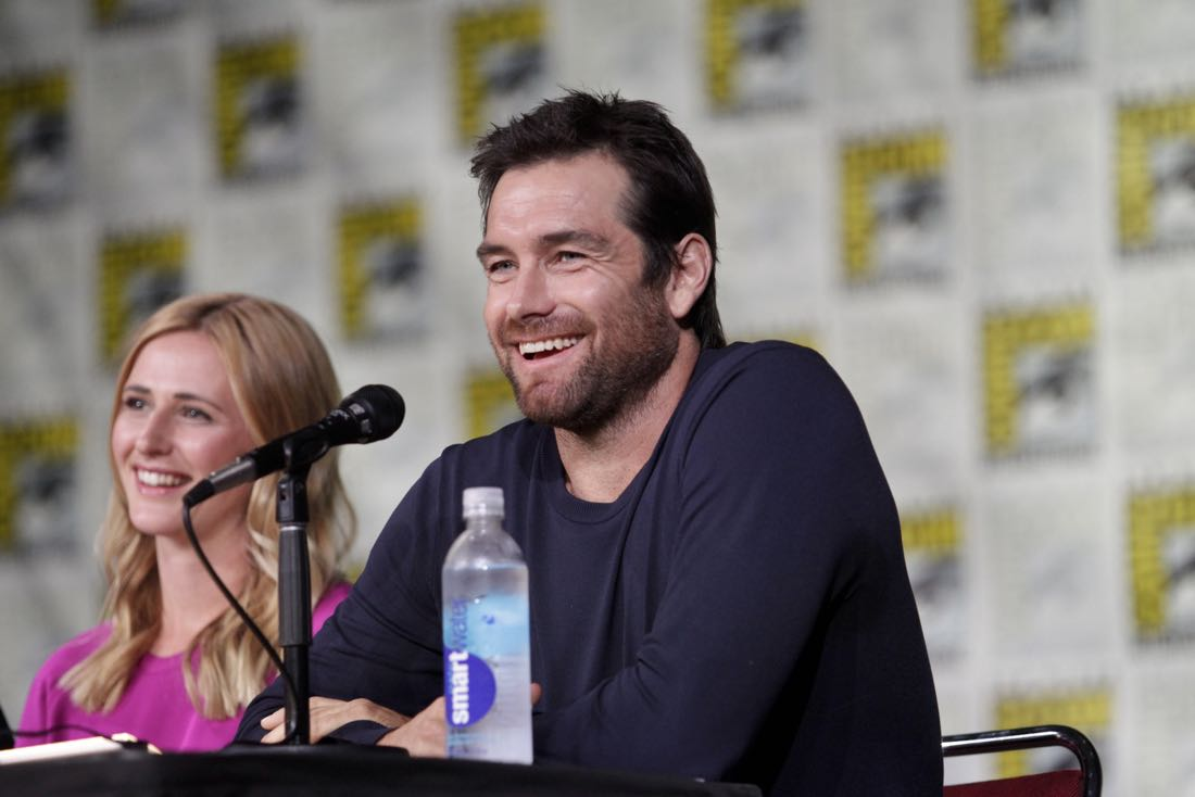 Antony Starr of the CBS series AMERICAN GOTHIC during the panel discussion at COMIC-CON® 2016 in San Diego, California. Photo: Francis Specker/CBS ©2016 CBS Broadcasting, Inc. All Rights Reserved