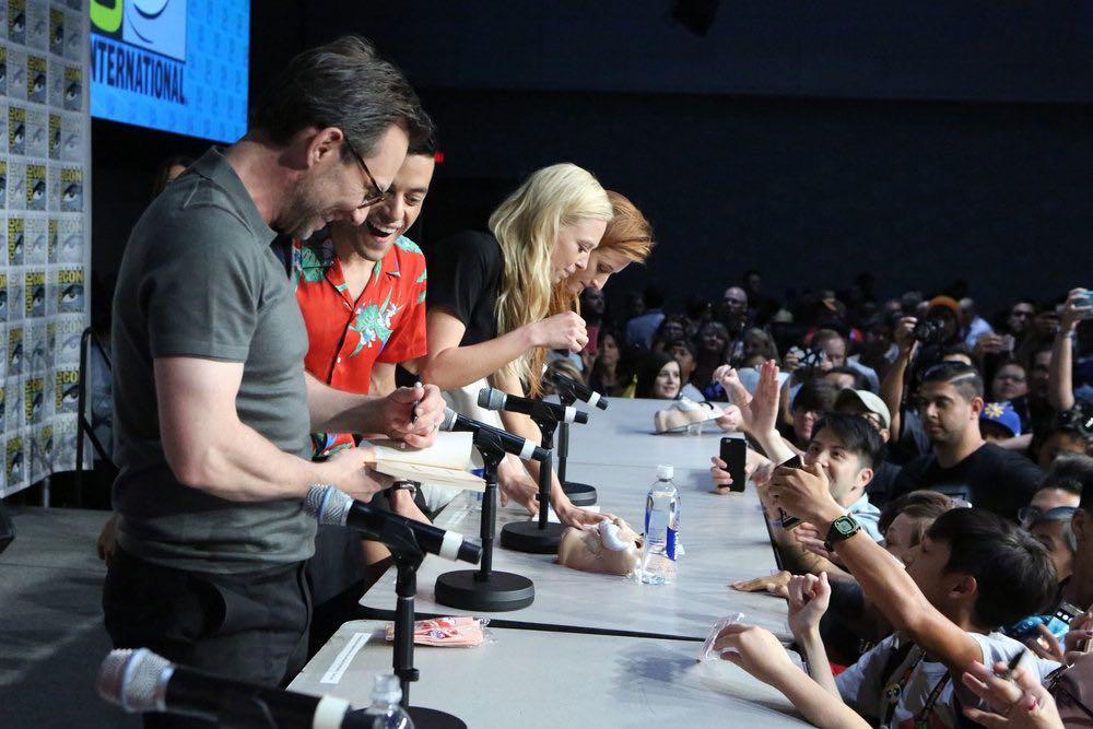 "COMIC-CON INTERNATIONAL: SAN DIEGO -- ""Mr. Robot Panel"" -- Pictured: (l-r) Christian Slater, Rami Malek, Portia Doubleday, Grace Gummer -- (Photo by: Evans Vestal Ward/USA Network)"