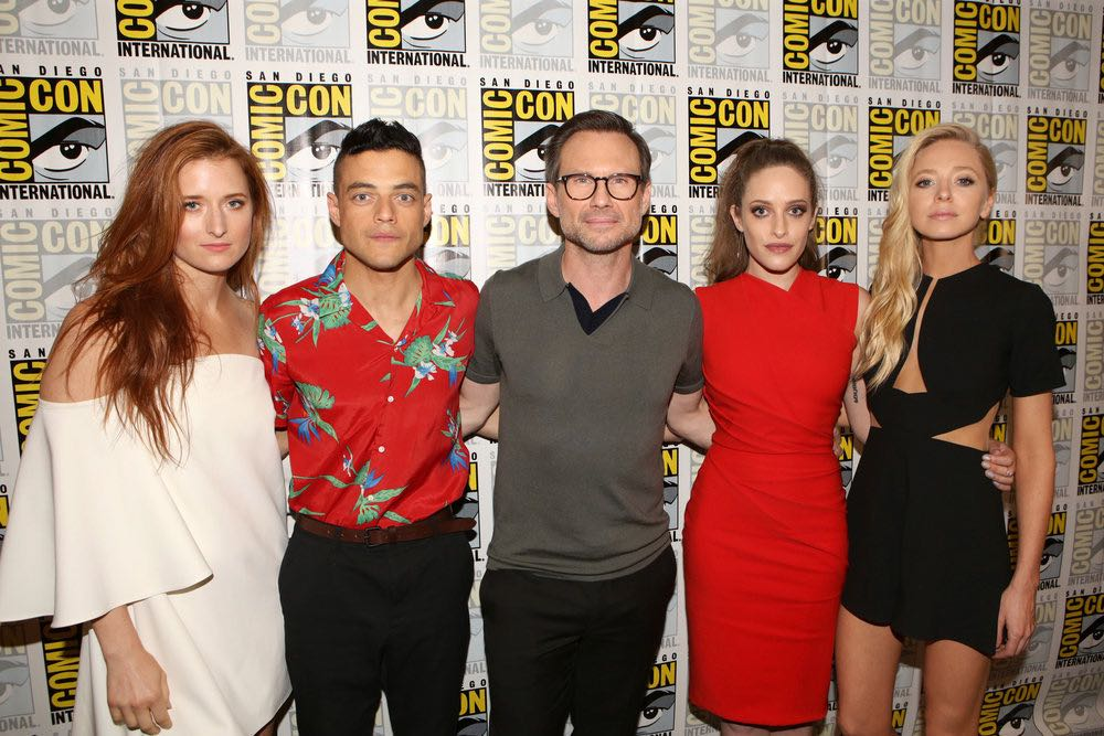 "COMIC-CON INTERNATIONAL: SAN DIEGO -- ""Mr. Robot Press Room"" -- Pictured: (l-r) Grace Gummer, Rami Malek, Christian Slater, Carly Chaikin, Portia Doubleday -- (Photo by: Evans Vestal Ward/USA Network)"