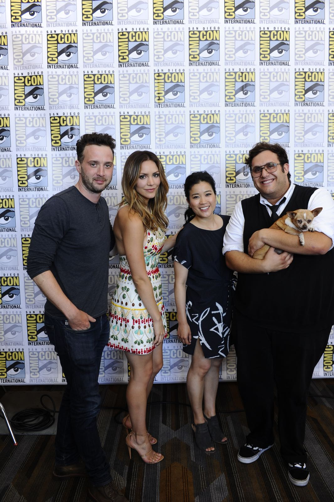 The cast of Scorpion goes live on Facebook with CBS Interactive at COMIC-CON® 2016 in San Diego, California.Pictured: Eddie Kaye Thomas, Katharine McPhee, Jadyn Wong and Ari Stidham  Photo: Johnny Vy/CBS ©2016 CBS Broadcasting, Inc. All Rights Reserved