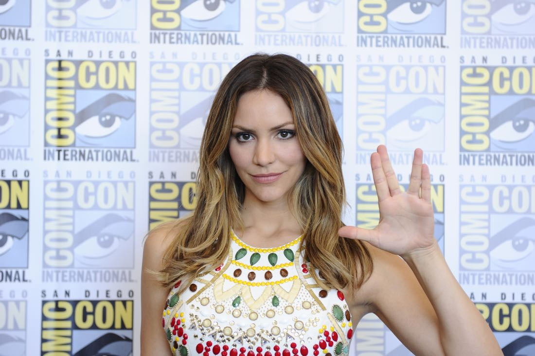 The cast of Scorpion goes live on Facebook with CBS Interactive at COMIC-CON® 2016 in San Diego, California.Pictured: Katharine McPhee  Photo: Johnny Vy/CBS ©2016 CBS Broadcasting, Inc. All Rights Reserved