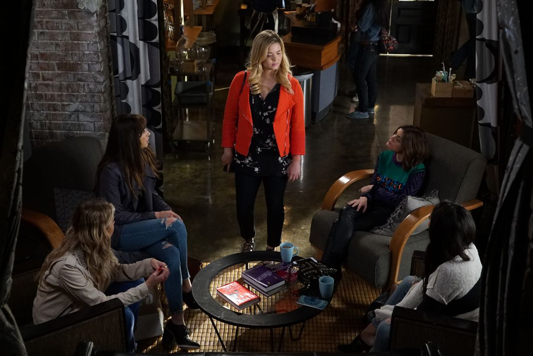 """PRETTY LITTLE LIARS - """"Wanted: Dead or Alive"""" - As the police gain new leads in Rollins' disappearance, the Liars wonder if he really is dead while someone else meets his/her end, in """"Wanted: Dead or Alive,"""" an all-new episode of Freeform's hit original series """"Pretty Little Liars,"""" airing TUESDAY, AUGUST 2 (8:00-9:00 p.m. EDT). (Freeform/Eric McCandless) TROIAN BELLISARIO, SASHA PIETERSE, LUCY HALE"""