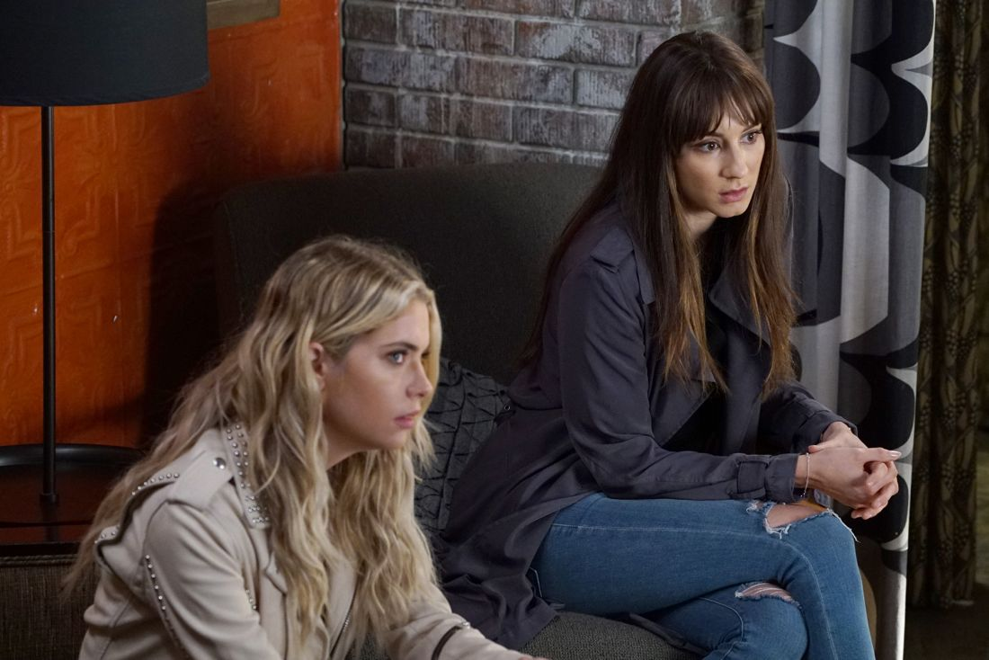 PRETTY LITTLE LIARS Season 7 Episode 6 Photos Wanted Dead or Alive 02