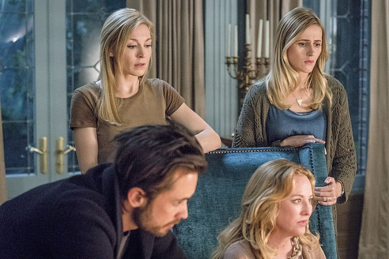 AMERICAN GOTHIC Season 1 Episode 6 Photos The Chess Players 21