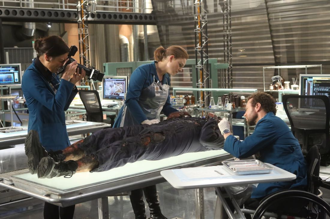 "BONES: L-R: Michaela Conlin, Emily Deschanel and T.J. Thyne in the ""The Nightmare Within The Nightmare"" season finale episode of BONES airing Thursday, July 21 (8:00-9:00 PM ET/PT) on FOX. ©2016 Fox Broadcasting Co. Cr: Patrick McElhenney/FOX"