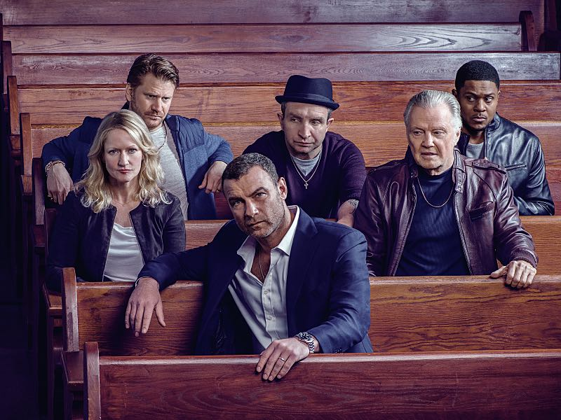 Paula Malcomson as Abby Donovan, Dash Mihok as Bunchy Donovan, Liev Schreiber as Ray Donovan, Eddie Marsan as Terry Donovan, Jon Voight as Mickey Donovan and Pooch Hall as Daryll in RAY DONOVAN (Season 4, Gallery). - Photo: Brian Bowen Smith/SHOWTIME