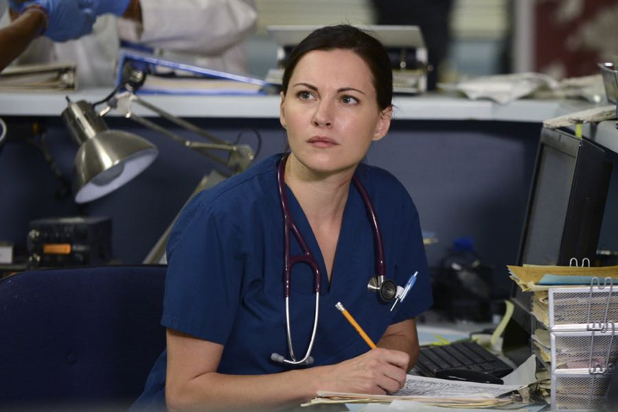 "THE NIGHT SHIFT -- ""Unexpected"" Episode 309 -- Pictured: Jill Flint as Dr. Jordan Alexander -- (Photo by: Ursula Coyote/NBC)"