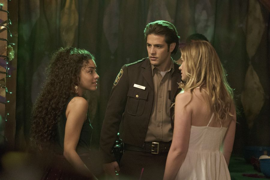 """DEAD OF SUMMER - """"Modern Love"""" - The annual masquerade ball sets the stage for intrigue and danger in """"Modern Love,"""" an all-new episode of """"Dead of Summer,"""" airing TUESDAY, JULY 19 (9:00 - 10:00 p.m. EDT), on Freeform. (Freeform/Katie Yu) PAULINA SINGER, ALBERTO FREZZA, ELIZABETH LAIL"""