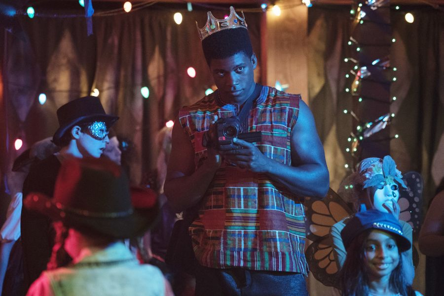 """DEAD OF SUMMER - """"Modern Love"""" - The annual masquerade ball sets the stage for intrigue and danger in """"Modern Love,"""" an all-new episode of """"Dead of Summer,"""" airing TUESDAY, JULY 19 (9:00 - 10:00 p.m. EDT), on Freeform. (Freeform/Katie Yu) ELI GOREE"""